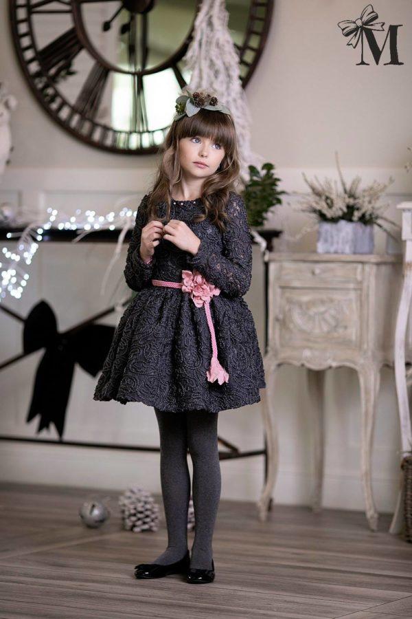 Koronkowa sukienka dla dziewczynki z kwiatem