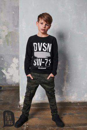 Czarna chłopięca bluza longsleeve DVSN