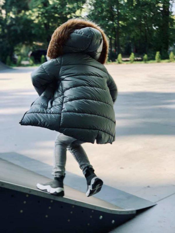 Chłopięca kurtka w kolorze khaki