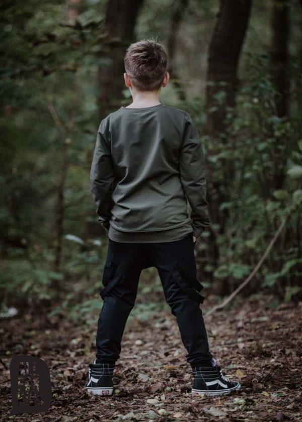 Spodnie z szelkami ozdobnymi dla chłopca