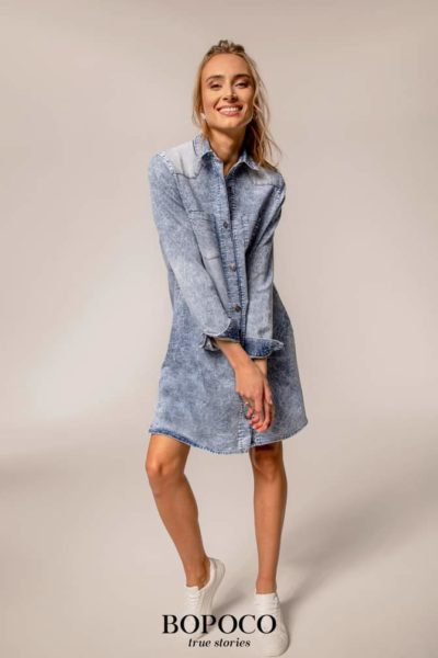Damska sukienka Bopoco jeansowa Ice Dye niebieska
