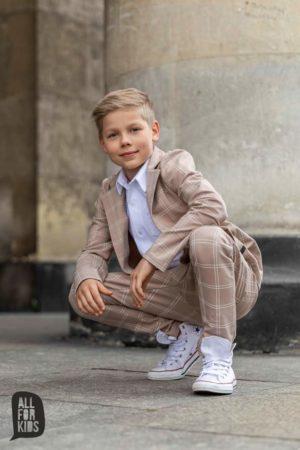 Garnitur dla chłopca  z dzianiny beżowy w kratę