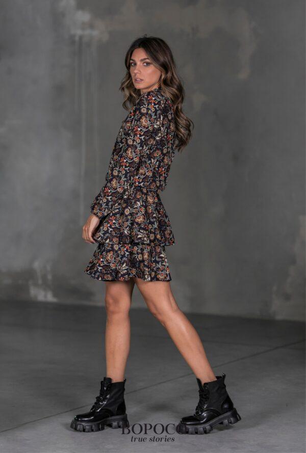 Piękna damska sukienka w jesiennej kolorystyce Bopoco