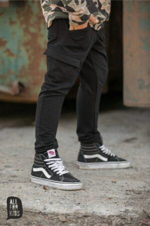Dresowe spodnie chłopięce All For Kids w kolorze czarnym
